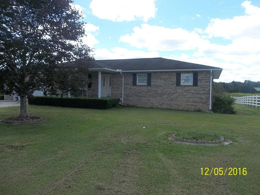 Casa Unifamiliar por un Venta en 1817 Nashville Hwy 1817 Nashville Hwy Lancing, Tennessee 37770 Estados Unidos