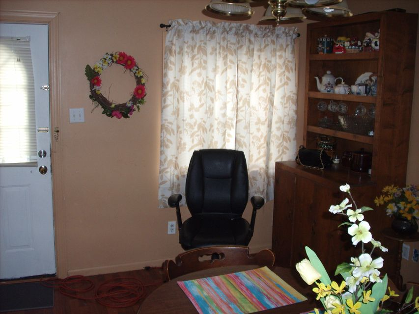 Additional photo for property listing at 142 N Point Road 142 N Point Road Sweetwater, Теннесси 37874 Соединенные Штаты