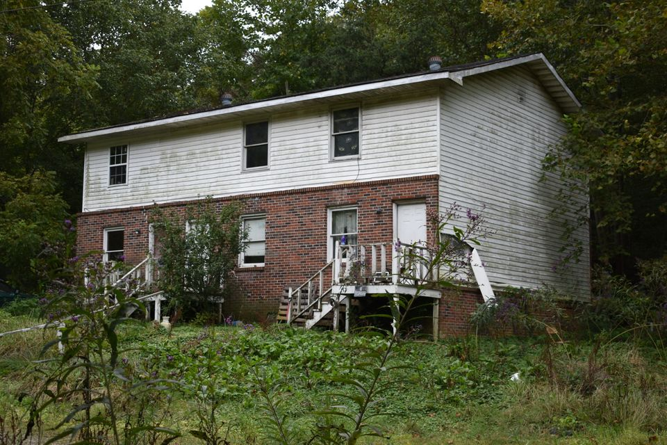 Multi-Family Home for Sale at Ky 1534 Pineville, Kentucky 40977 United States