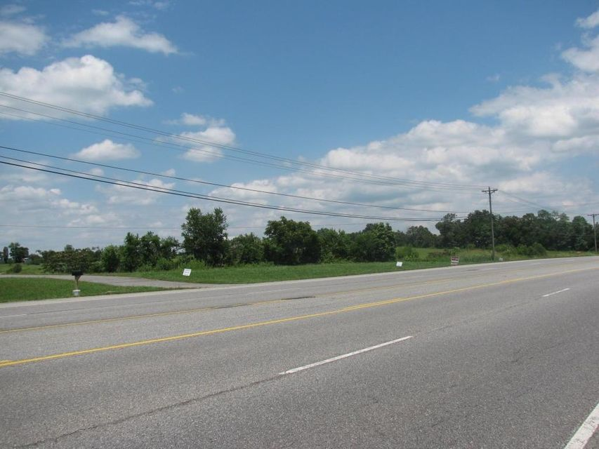 Additional photo for property listing at 5127 Highway 411 S 5127 Highway 411 S 马里维尔, 田纳西州 37801 美国