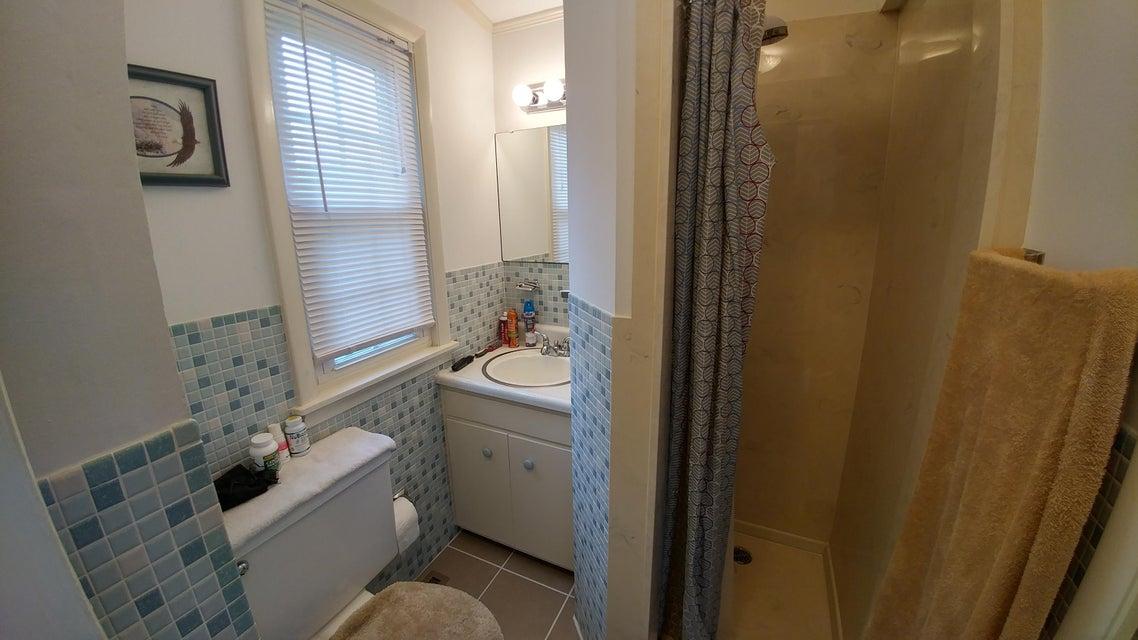 Additional photo for property listing at 112 E Pasadena Road 112 E Pasadena Road Oak Ridge, Tennessee 37830 United States