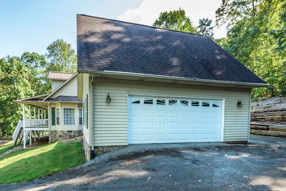 Additional photo for property listing at 101 Windrock View Lane 101 Windrock View Lane Oliver Springs, Tennessee 37840 United States