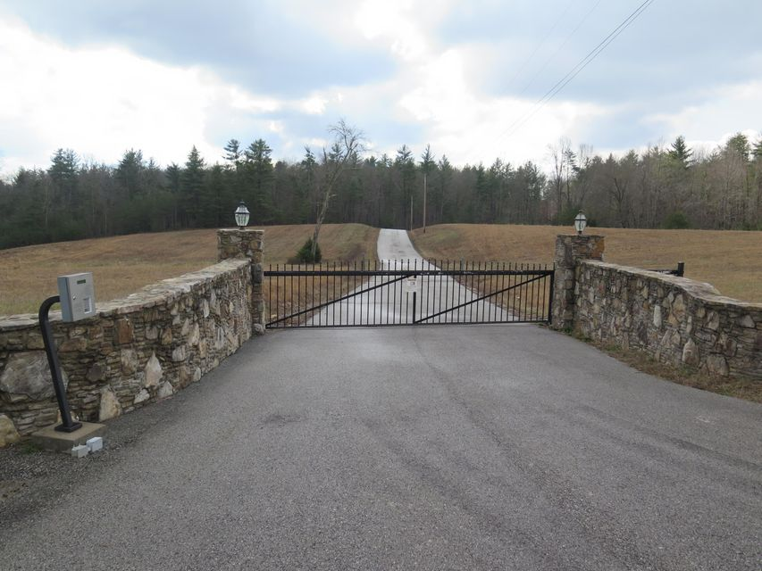 Land for Sale at Mountain View Drive Mountain View Drive Deer Lodge, Tennessee 37726 United States