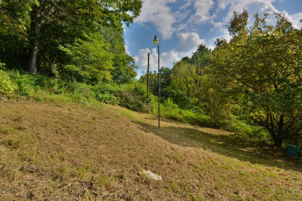 Additional photo for property listing at 6900 Weaver Road 6900 Weaver Road Knoxville, Теннесси 37931 Соединенные Штаты