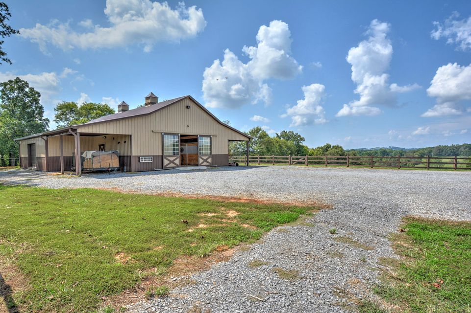 Additional photo for property listing at 3302 Highway 411 3302 Highway 411 Maryville, Tennessee 37801 États-Unis