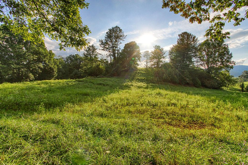 Land for Sale at Golf Course Drive Mountain City, Tennessee 37683 United States