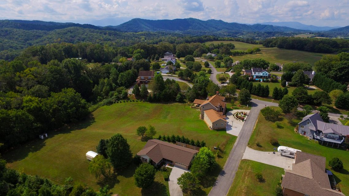 Additional photo for property listing at 2206 Rogers Place 2206 Rogers Place Sevierville, Tennessee 37876 United States