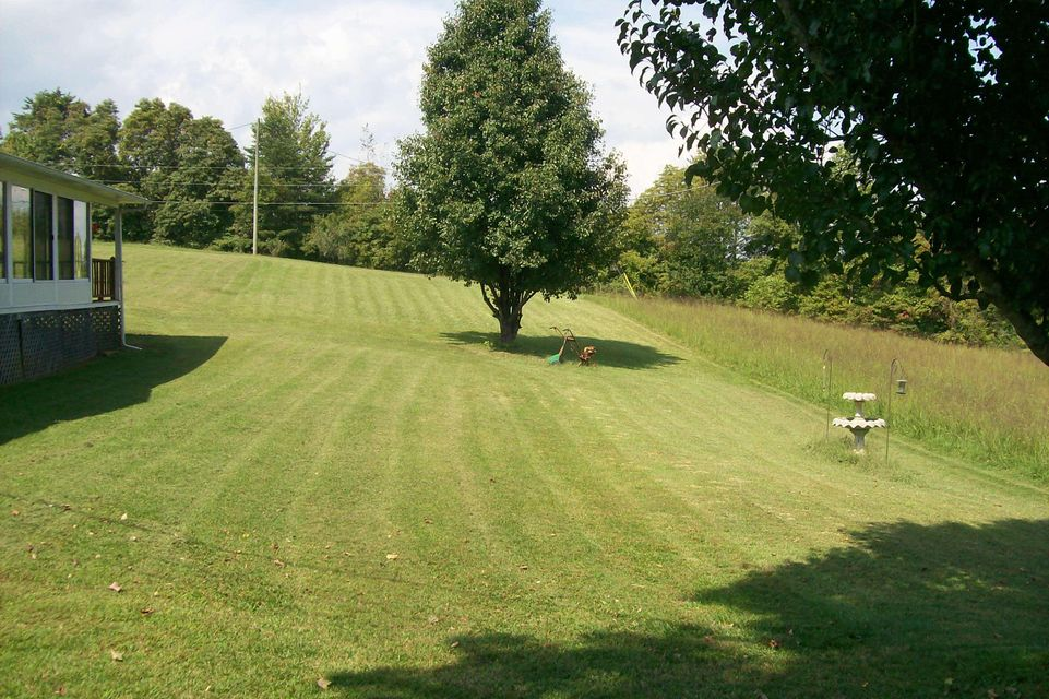Additional photo for property listing at 367 Offutt Spur Road 367 Offutt Spur Road Rocky Top, 田纳西州 37769 美国