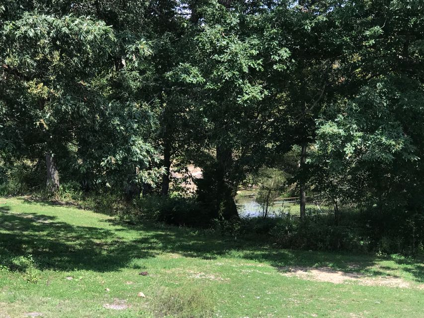 Additional photo for property listing at 1529 Old Elmore Road 1529 Old Elmore Road Crossville, Tennessee 38571 Estados Unidos