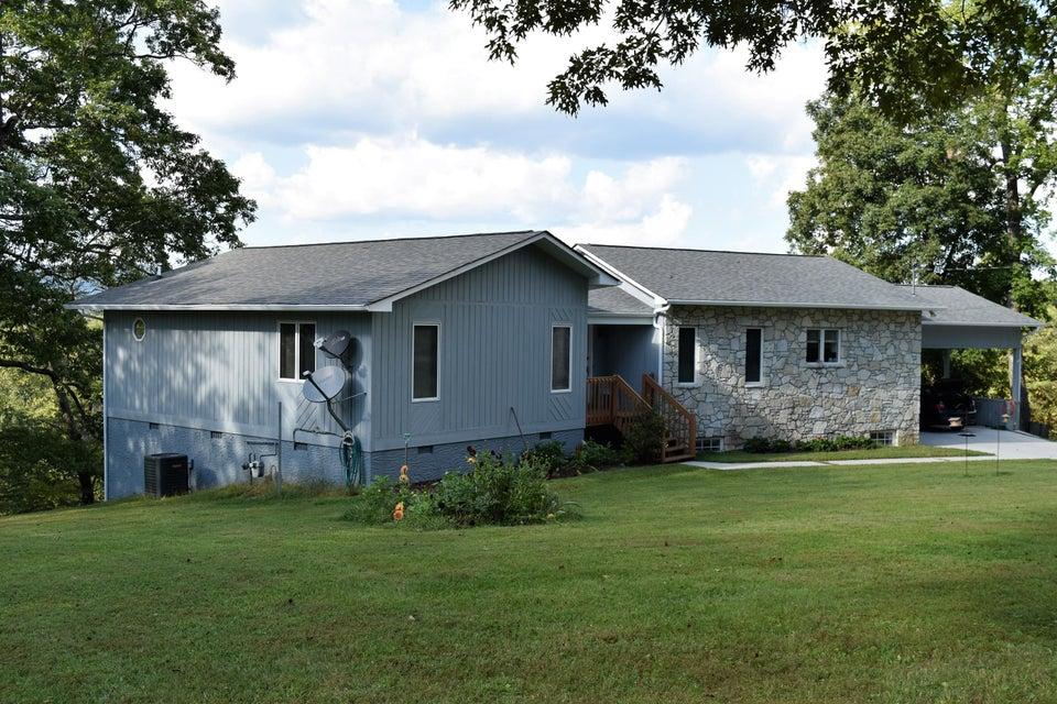 独户住宅 为 销售 在 347 Perry Smith Lane 347 Perry Smith Lane Caryville, 田纳西州 37714 美国