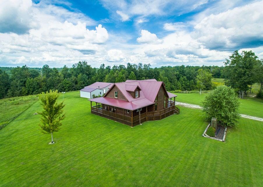 Casa Unifamiliar por un Venta en 399 Coal Lane 399 Coal Lane Monterey, Tennessee 38574 Estados Unidos