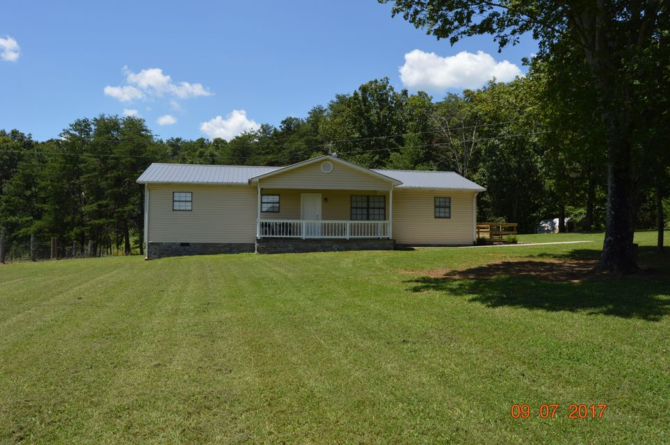 Additional photo for property listing at 380 Creek Road Road 380 Creek Road Road Sweetwater, Tennessee 37874 United States