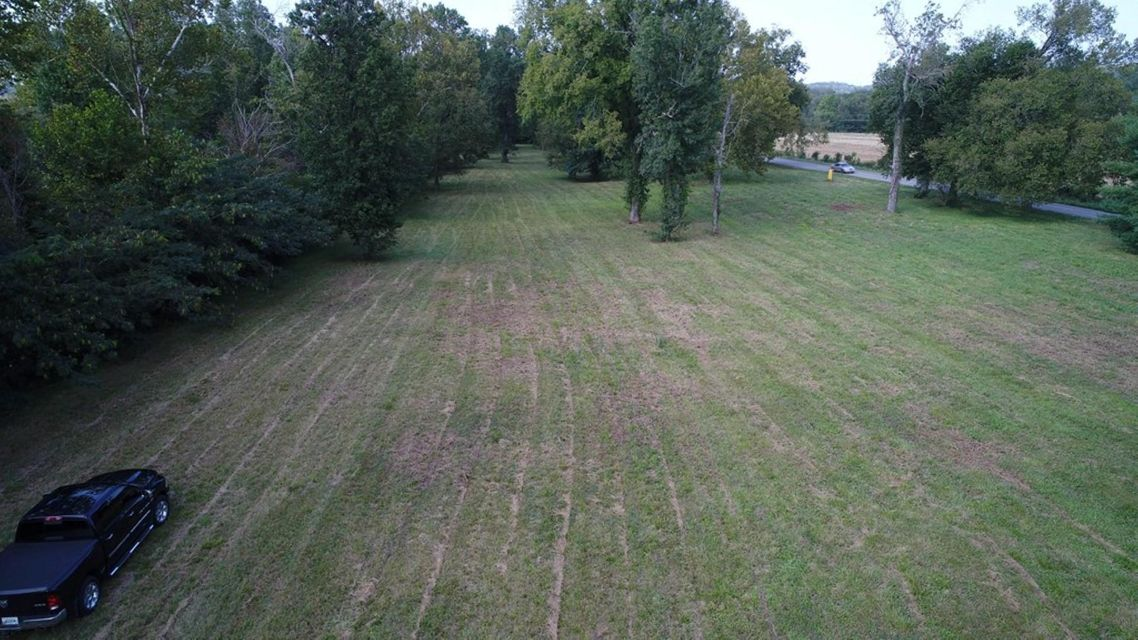 Additional photo for property listing at Lot 3 Hwy 73 Lot 3 Hwy 73 Newport, Tennessee 37821 Estados Unidos