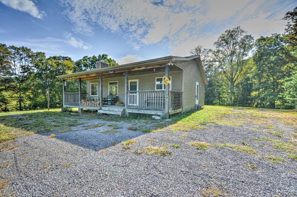 Single Family Home for Sale at 205 Price Road 205 Price Road Rogersville, Tennessee 37857 United States
