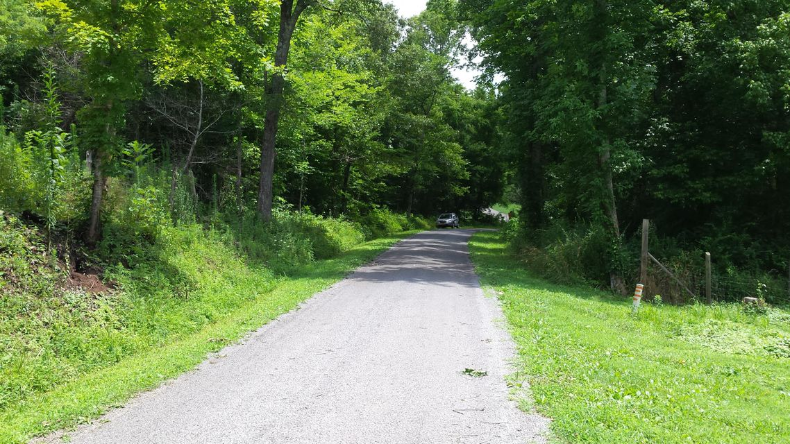 Additional photo for property listing at 7143 Diamond Branch Road 7143 Diamond Branch Road Maryville, Tennessee 37801 États-Unis