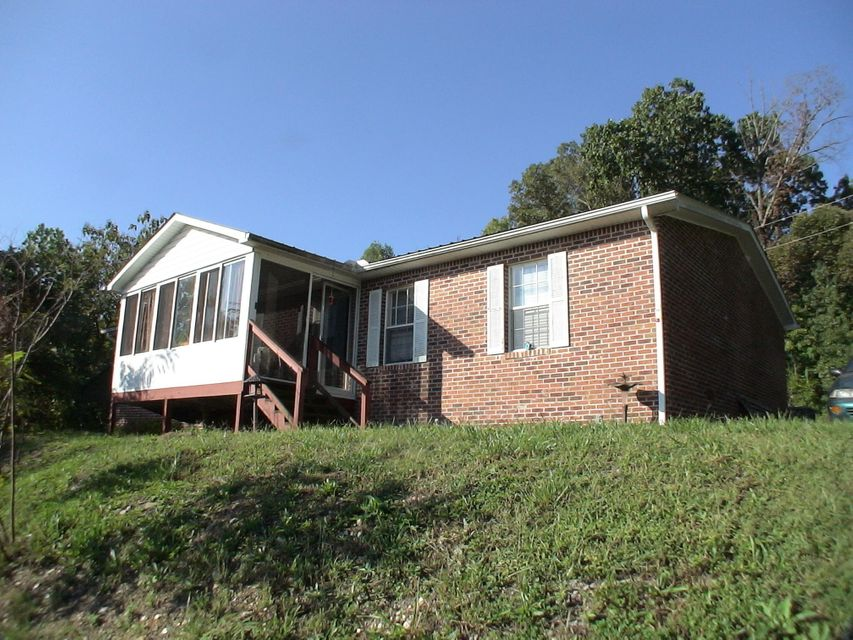 Multi-Family Home for Sale at 811 W Bates Street 811 W Bates Street Rockwood, Tennessee 37854 United States