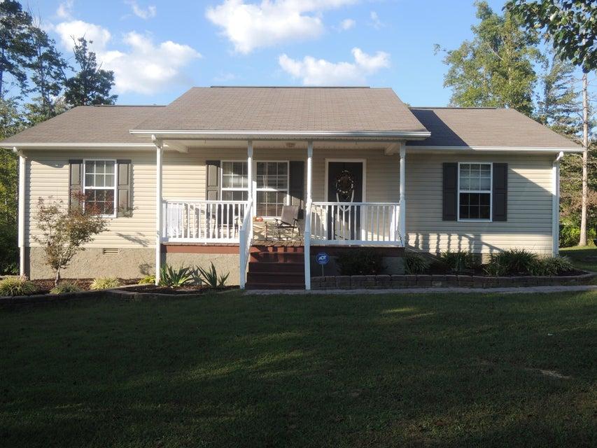 Частный односемейный дом для того Продажа на 634 Robs Road 634 Robs Road Grimsley, Теннесси 38565 Соединенные Штаты