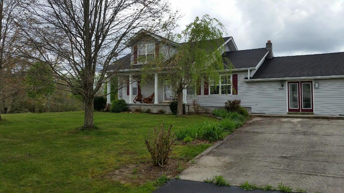 Частный односемейный дом для того Продажа на 4850 S York Hwy 4850 S York Hwy Jamestown, Теннесси 38556 Соединенные Штаты