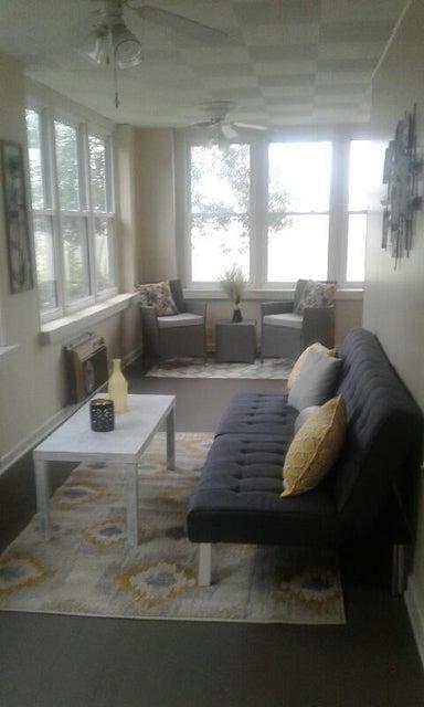 Additional photo for property listing at 128 Logan Street 128 Logan Street Jellico, Tennessee 37762 Estados Unidos