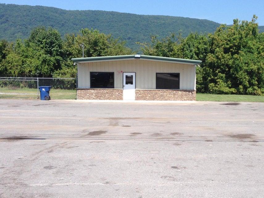 商用 为 销售 在 7337 State Route 28 7337 State Route 28 Dunlap, 田纳西州 37327 美国