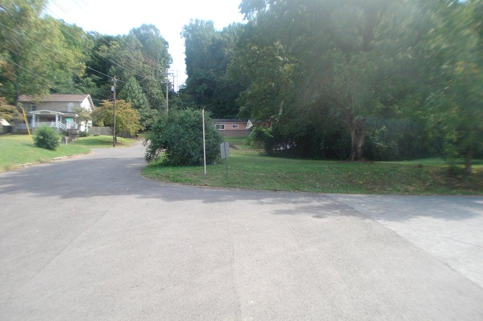 土地 为 销售 在 401 Meadow View Road 401 Meadow View Road 诺克斯维尔, 田纳西州 37914 美国