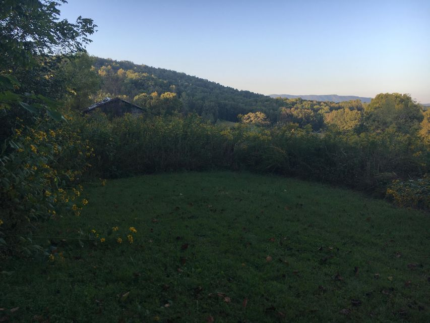 Additional photo for property listing at Bethlehem Road Bethlehem Road Lafollette, Tennessee 37766 États-Unis