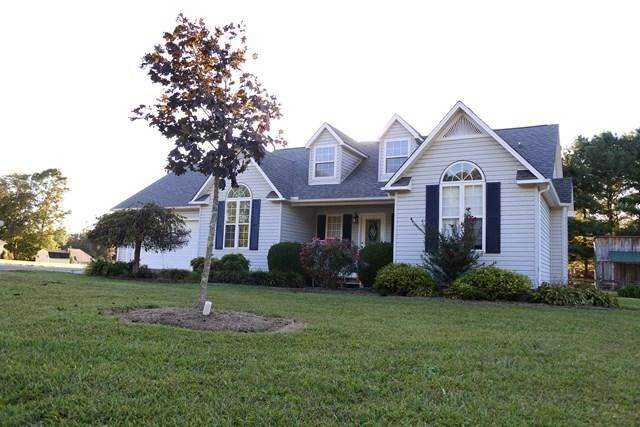 Maison unifamiliale pour l Vente à 151 Webb Road 151 Webb Road Livingston, Tennessee 38570 États-Unis
