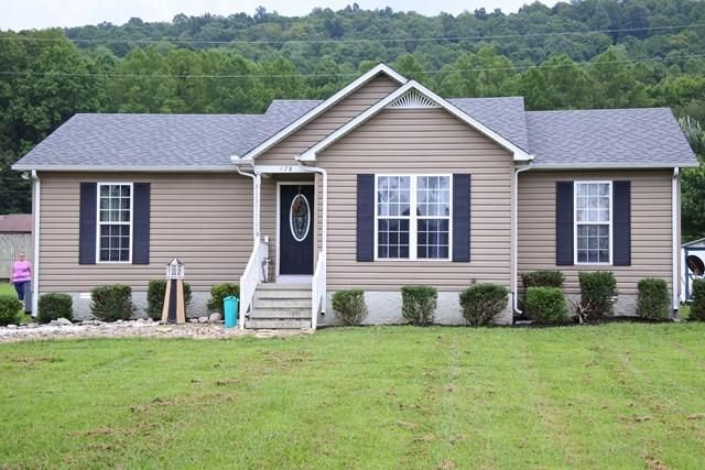 Single Family Home for Sale at 178 Thomas Road 178 Thomas Road Livingston, Tennessee 38570 United States