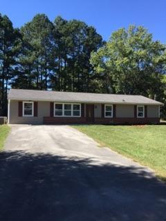 Casa Unifamiliar por un Venta en 5019 NE Cloverdale Lane 5019 NE Cloverdale Lane Knoxville, Tennessee 37918 Estados Unidos