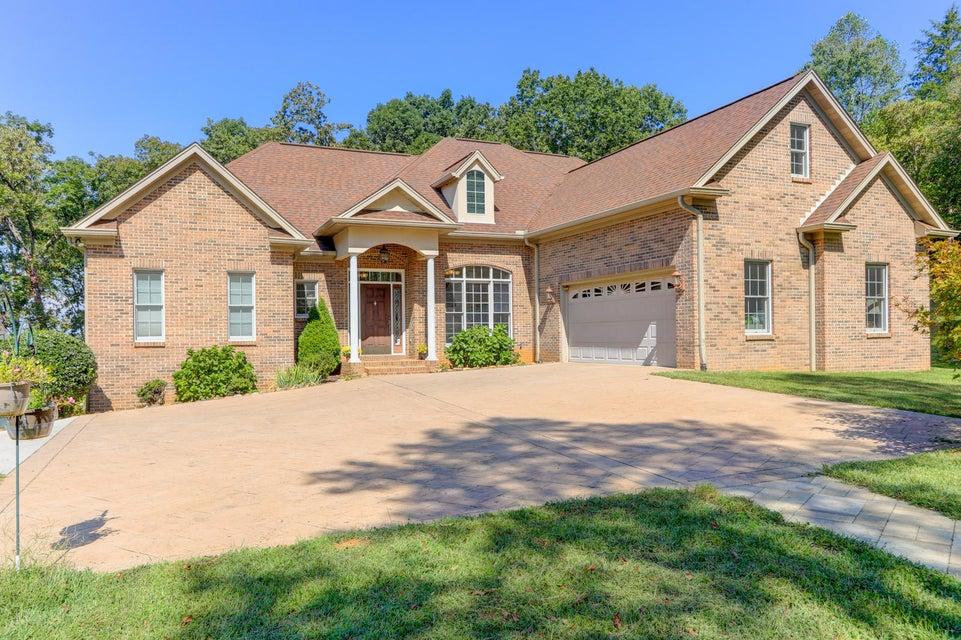 Частный односемейный дом для того Продажа на 2300 Matlock Bend Road 2300 Matlock Bend Road Loudon, Теннесси 37774 Соединенные Штаты