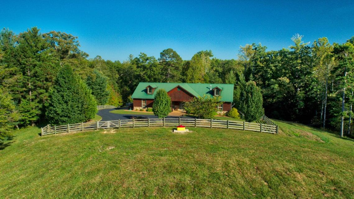 Частный односемейный дом для того Продажа на 114 Bearpen 114 Bearpen Jamestown, Теннесси 38556 Соединенные Штаты