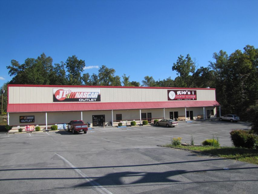 Commercial for Sale at 224 Peavine Road 224 Peavine Road Crossville, Tennessee 38555 United States