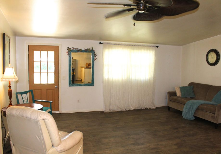 Additional photo for property listing at 2895 Banner Springs Road 2895 Banner Springs Road Jamestown, Tennessee 38556 États-Unis