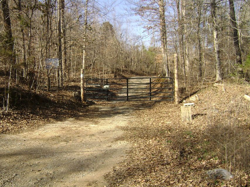 Земля для того Продажа на Dry Creek Road Dry Creek Road McMinnville, Теннесси 37110 Соединенные Штаты