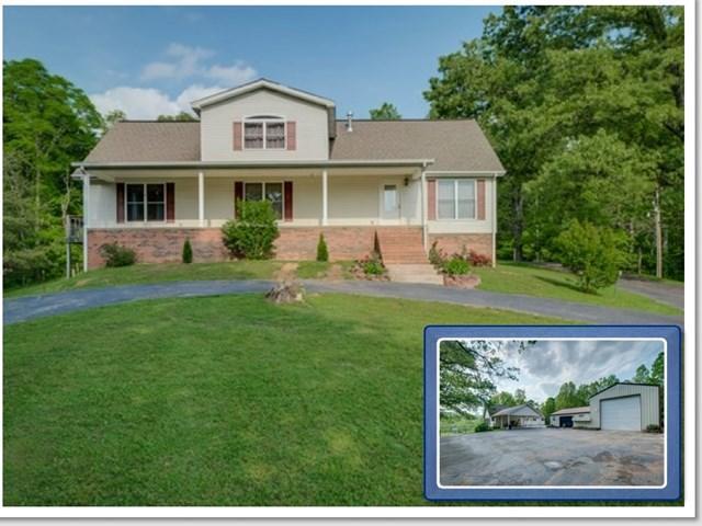 Casa Unifamiliar por un Venta en 1045 Okalona Road 1045 Okalona Road Rickman, Tennessee 38580 Estados Unidos