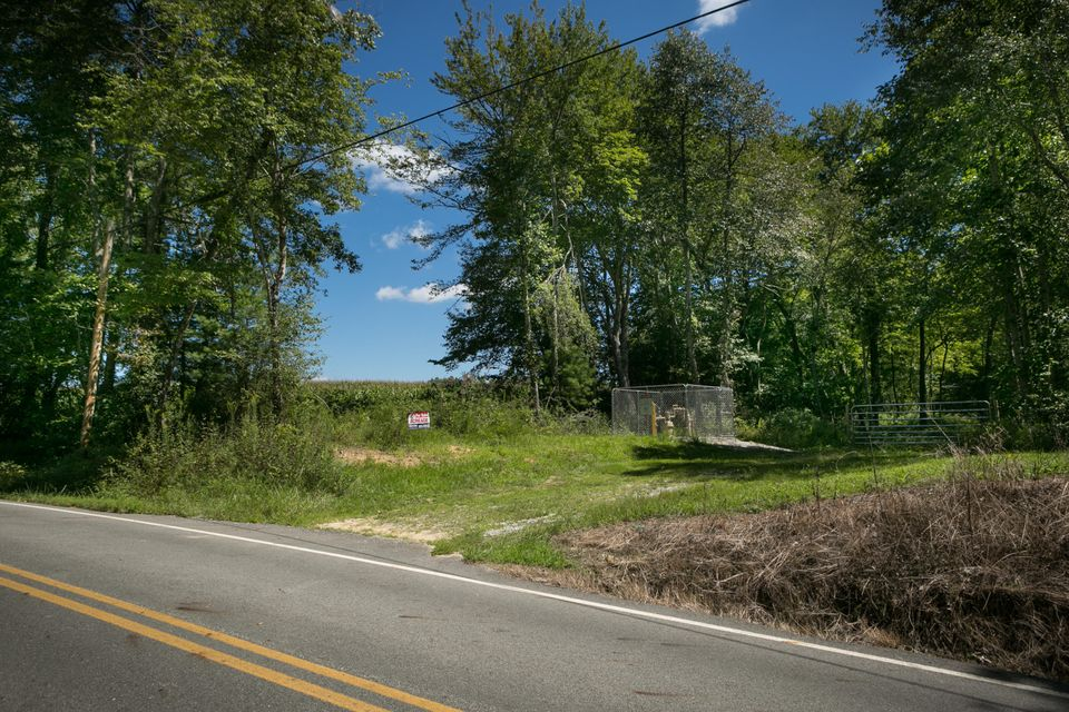 Land for Sale at 900 Rome Road 900 Rome Road Lancing, Tennessee 37770 United States