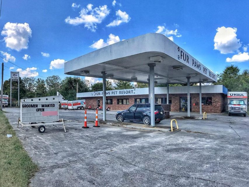 Commercial for Sale at 3439 E Lamar Alexander Pkwy 3439 E Lamar Alexander Pkwy Maryville, Tennessee 37804 United States