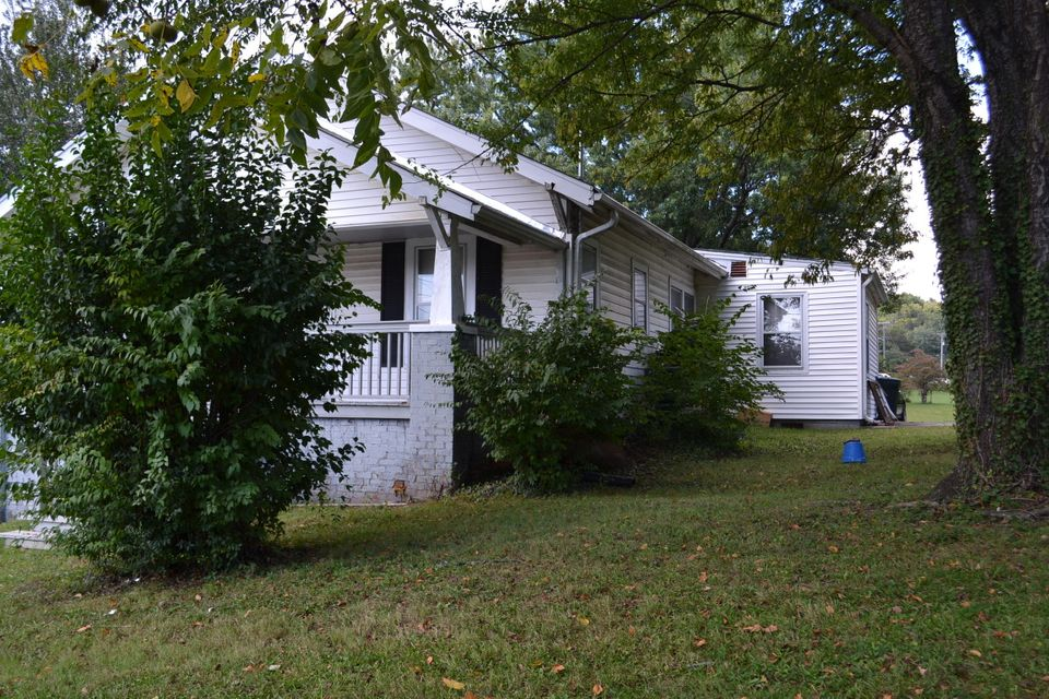 Additional photo for property listing at 3605&3607 Middlebrook Pike 3605&3607 Middlebrook Pike Knoxville, Tennessee 37921 États-Unis