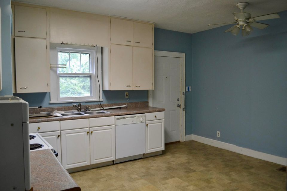Additional photo for property listing at 3605&3607 Middlebrook Pike 3605&3607 Middlebrook Pike Knoxville, Tennessee 37921 Estados Unidos