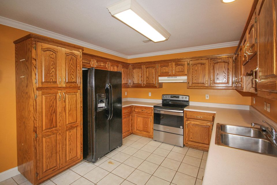 Additional photo for property listing at 204 Westwood Drive 204 Westwood Drive Maryville, Tennessee 37803 United States