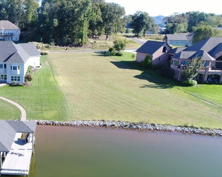 Additional photo for property listing at 170 Hiwonihi Tr 170 Hiwonihi Tr Vonore, Tennessee 37885 États-Unis