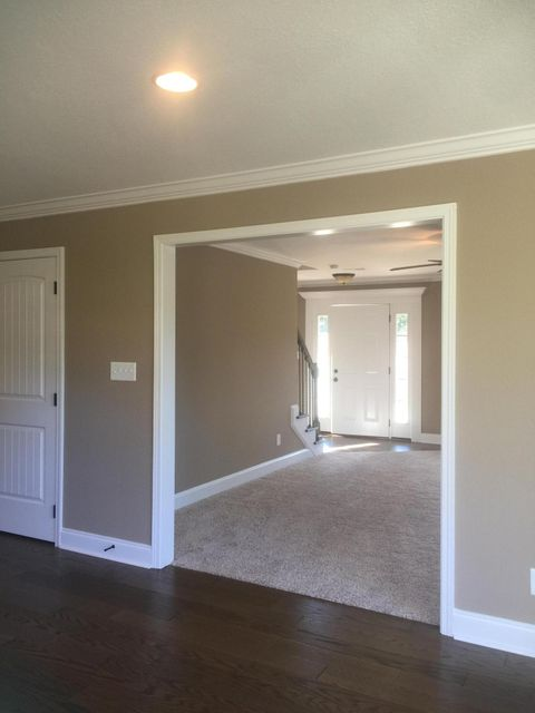 Additional photo for property listing at 476 Conner Lane 476 Conner Lane Lenoir City, Теннесси 37772 Соединенные Штаты