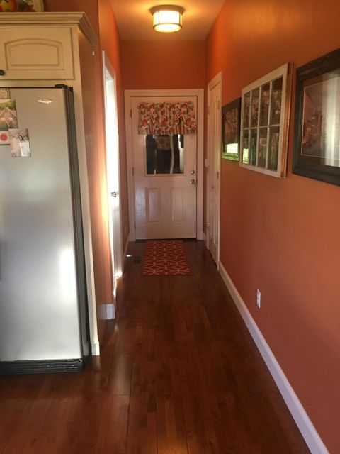 Additional photo for property listing at 581 Oak Road 581 Oak Road Jamestown, Tennessee 38556 États-Unis