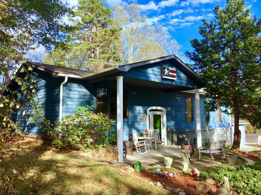 Casa Unifamiliar por un Venta en 124 Dale Avenue 124 Dale Avenue Oliver Springs, Tennessee 37840 Estados Unidos