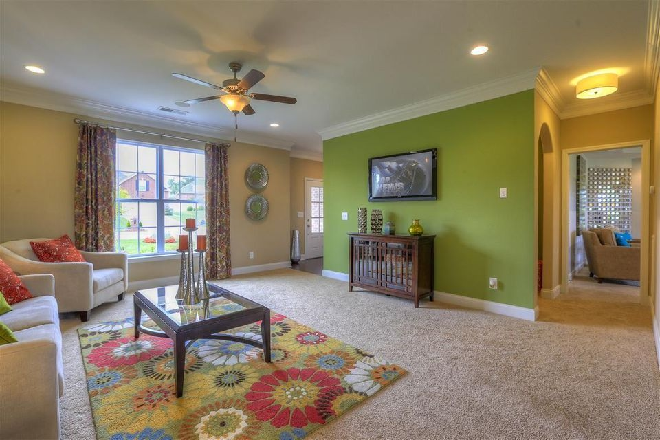 Additional photo for property listing at 10801 Laurel Glade Lane 10801 Laurel Glade Lane Knoxville, Tennessee 37932 United States