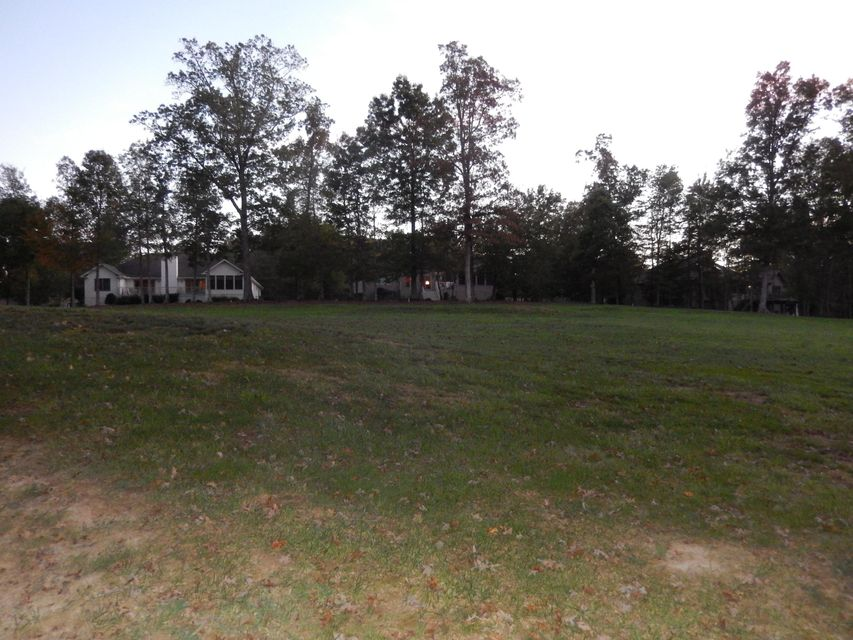 Additional photo for property listing at 115 Forest Hill Drive 115 Forest Hill Drive Crossville, 田纳西州 38558 美国
