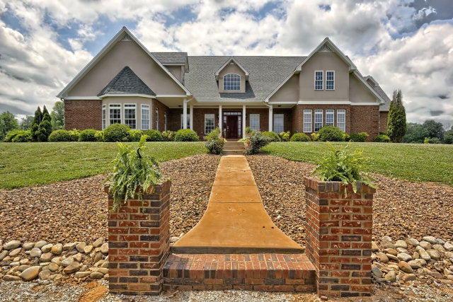 独户住宅 为 销售 在 338 Crawford Chapel Road 338 Crawford Chapel Road Cookeville, 田纳西州 38506 美国