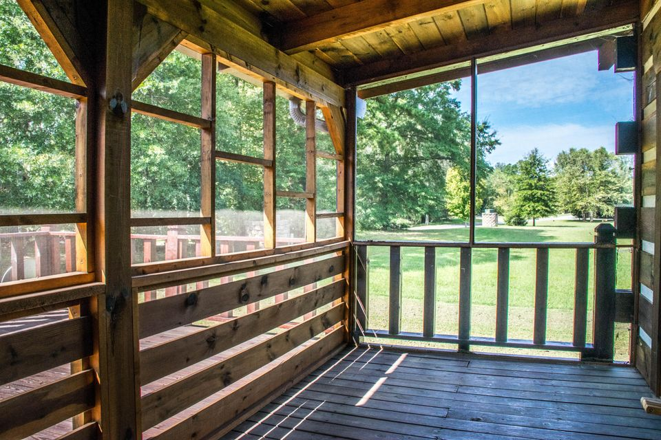 Additional photo for property listing at 124 Tadpole Lane 124 Tadpole Lane Benton, Tennessee 37307 United States