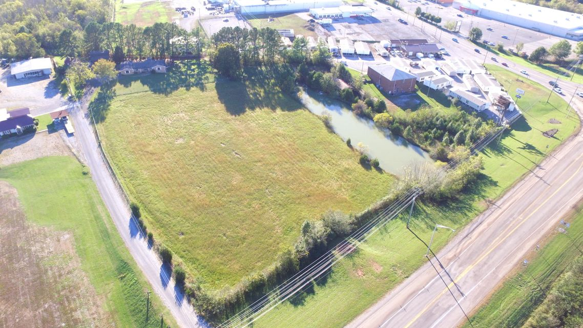 Commercial for Sale at 1036 New Highway 68 1036 New Highway 68 Sweetwater, Tennessee 37874 United States