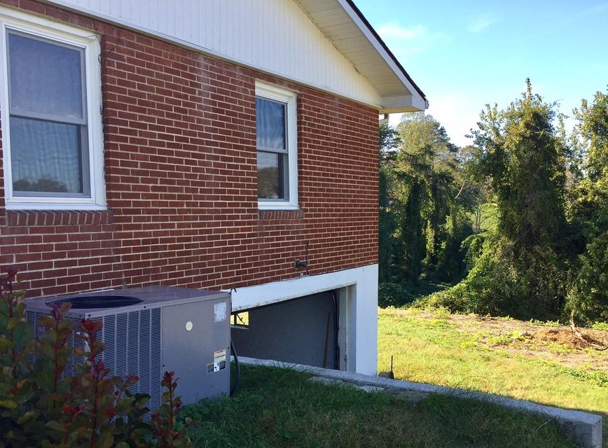 Additional photo for property listing at 639 Peachtree Road 639 Peachtree Road Kingston, Tennessee 37763 États-Unis